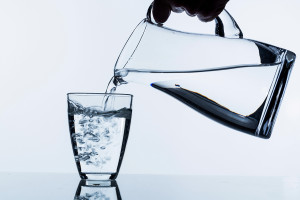 Keeping Seniors Hydrated: A Key Part of Summer Safety